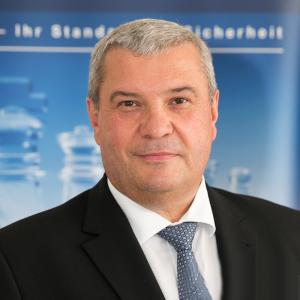 Erich Scheiber, CIS